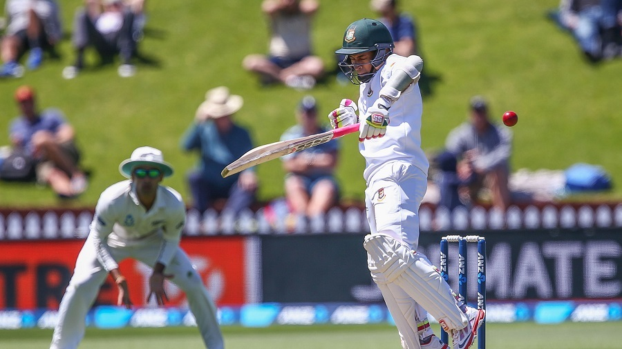 WELLINGTON, NEW ZEALAND - JANUARY 13:  Mushfiqur Rahim of Bangladesh bats during day two of the First Test match between New Zealand and Bangladesh at Basin Reserve on January 13, 2017 in Wellington, New Zealand.  (Photo by Hagen Hopkins/Getty Images)