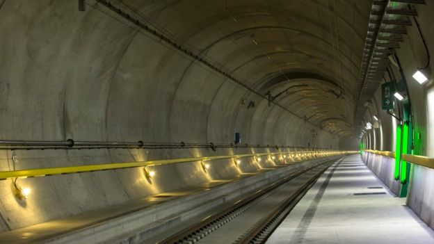 Switzerland_tunnel